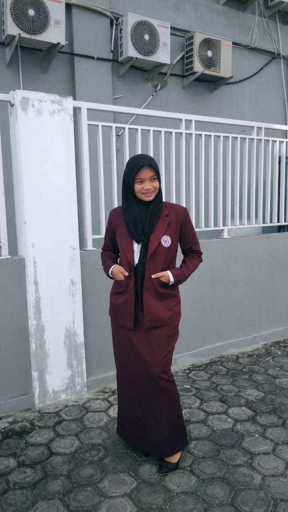 Perjuangan Fini Inka Sari Mendapatkan Beasiswa Politeknik Kutaraja